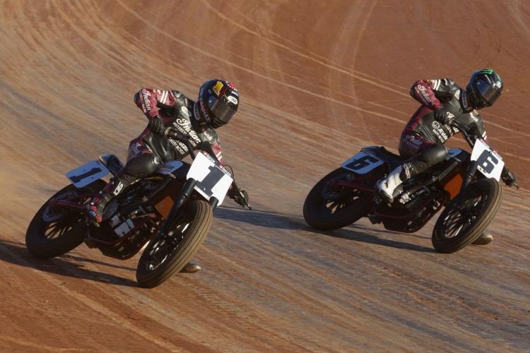 Harley de course - Page 3 Thumb_68022_750x500_0_0_auto